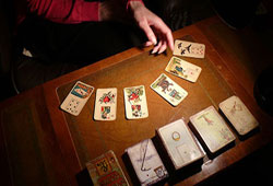 Reading Tarot Cards for Yourself