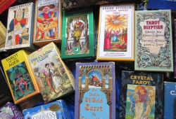 Types of Tarot Decks