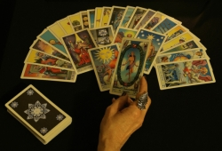 Yes No Tarot Reading