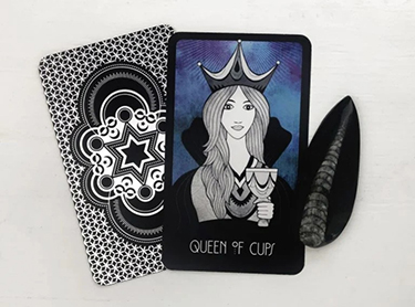 queen of cups yes or no answer