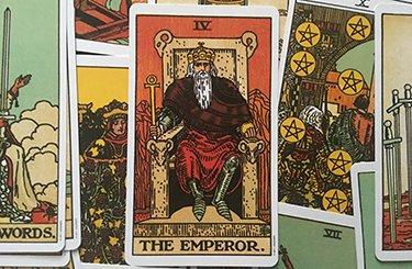 interpreting the emperor tarot card